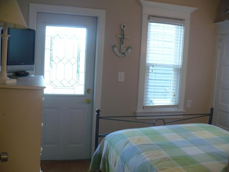 First Floor Double Bedroom with Private Entrance