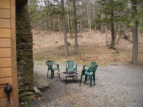 Peaceful wooded 6 acres lot