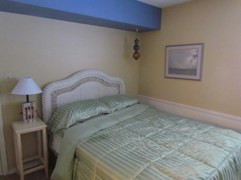 back bedroom - queen memory foam bed