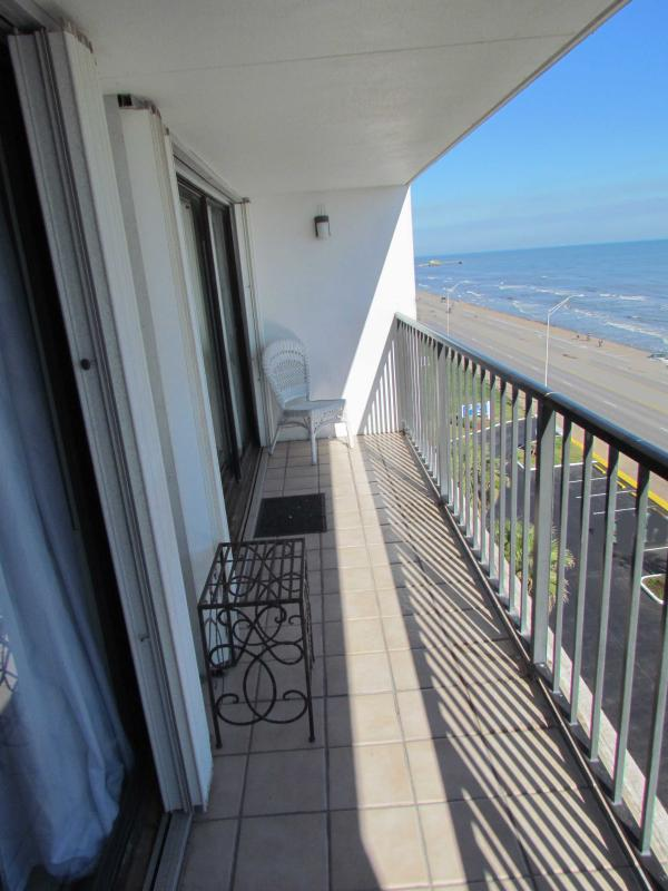 spacious balcony with panoramic view of the Gulf