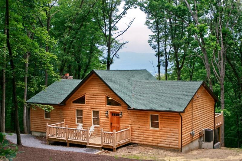 Bears Den Cabin Rental Virginia Has Washer And Hot Tub