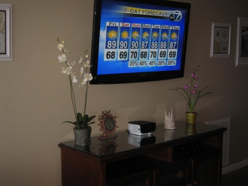 New 55' HDTV Smart TV with free HBO and over 30 HD channels!