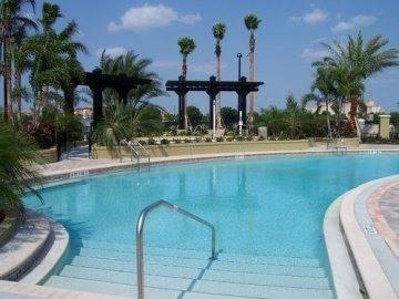 Gorgeous pool!