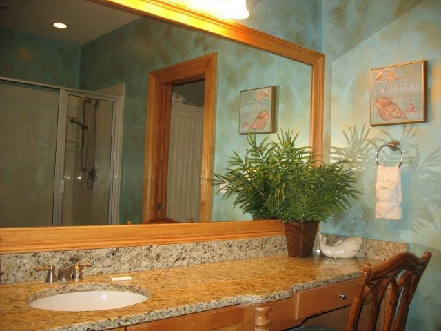 Second large bathroom