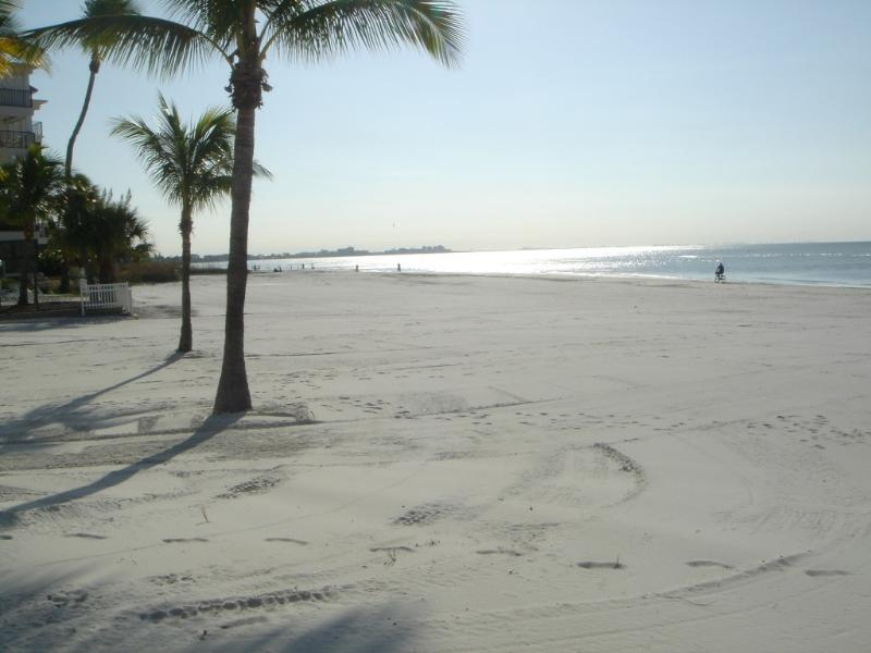 BEACH BEAUTY, holiday rental in Fort Myers Beach