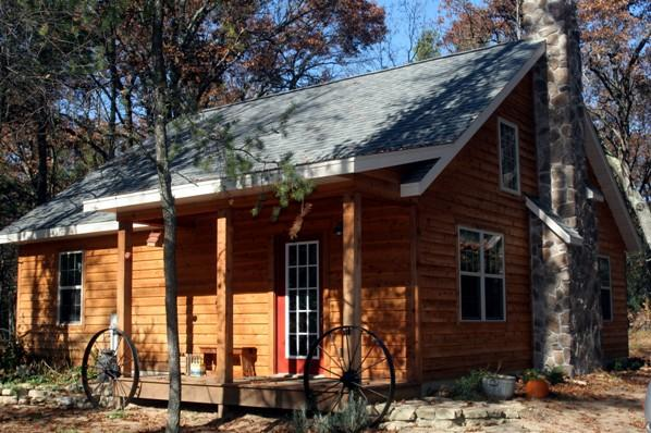 Carl's Cabins /The Timbered Treasure/ Adams WI., alquiler vacacional en Adams
