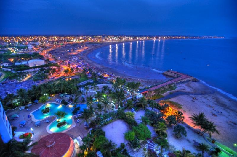 Playas at Night