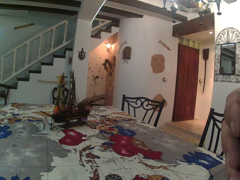 Comedor Salón, Bodegüilla  y escalera de Altillo.