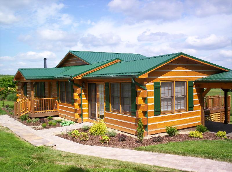 This classic log home offers everything you need to be as comfortable as possible during your stay