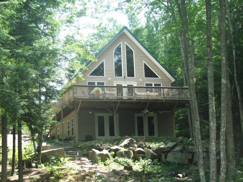 Lake Front Cottage, holiday rental in Searsmont