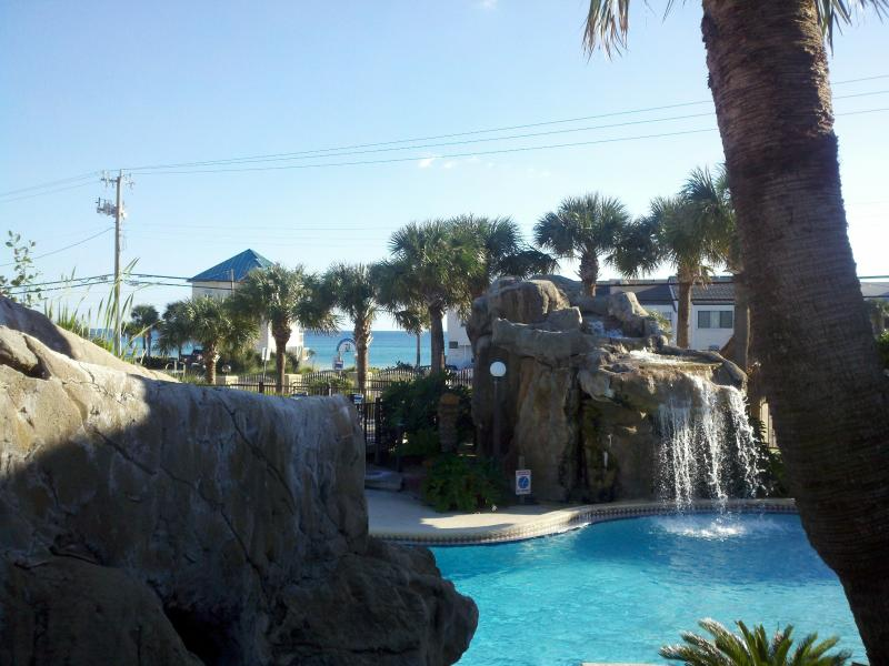 Beautiful Panama City Beach Condo, holiday rental in Panama City Beach