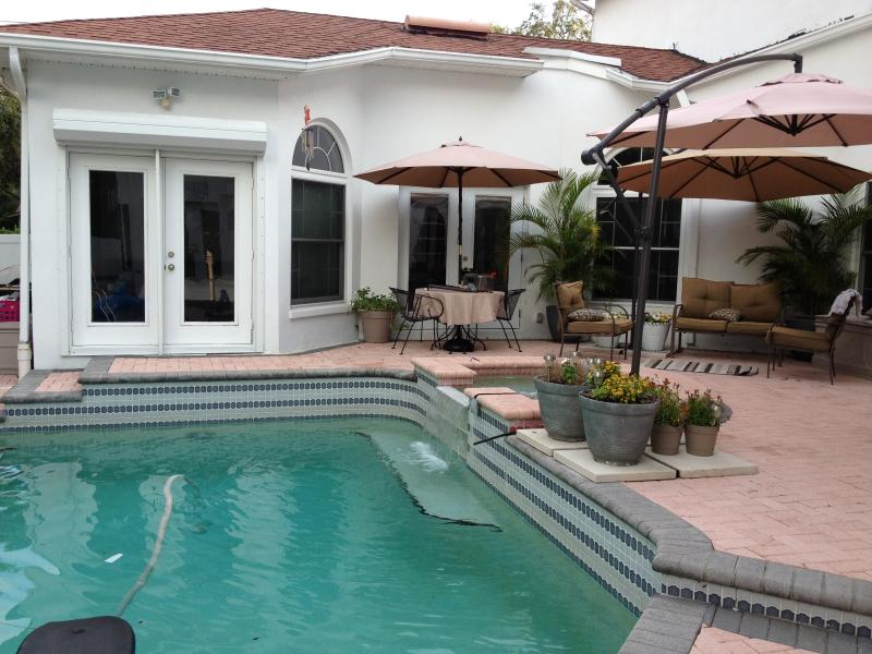 pool and sitting area