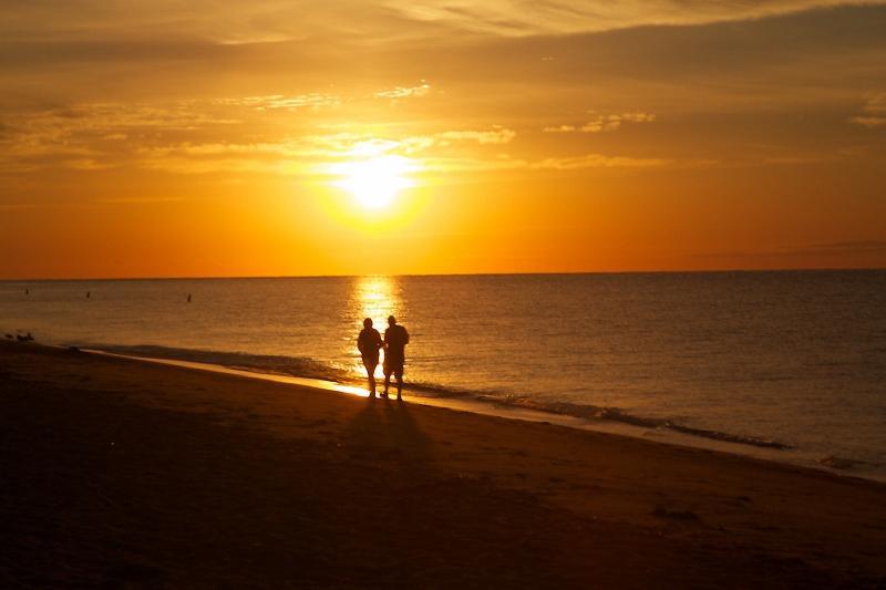 Enjoy the spectacular Sunrises at South Cape Beach!