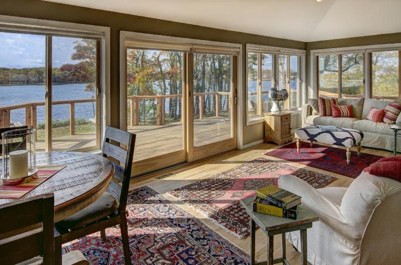 Private Waterfront W Beach, New Renovation, vacation rental in Southold