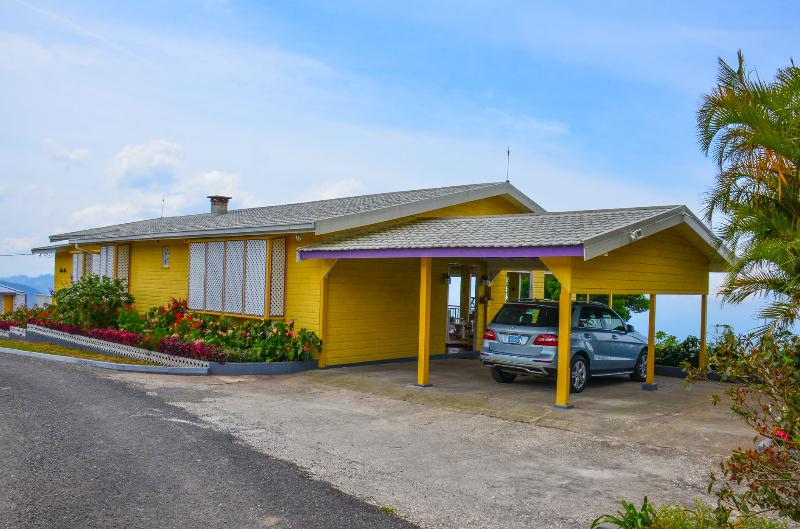 Silver Oaks Jamaica, holiday rental in Saint Thomas Parish