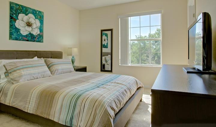 Beautiful decorated and Comfortable Master Bedroom