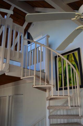 ALOHA Stairway to Loft