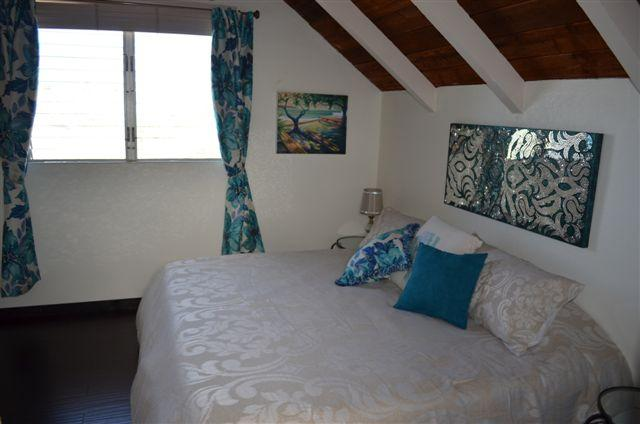 ALOHA Loft Bedroom with Ocean View,  vaulted ceilings & solid bamboo floors