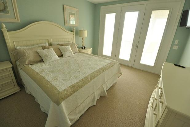 Suite with full length mirror and private deck over looking the ocean!