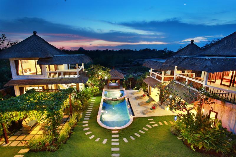 dream villa for families and friends in bali