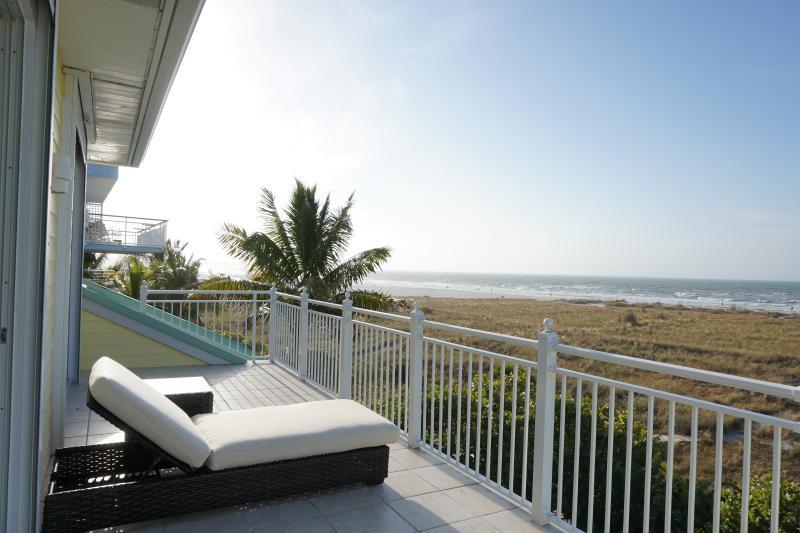 Third floor Gulf Front balcony