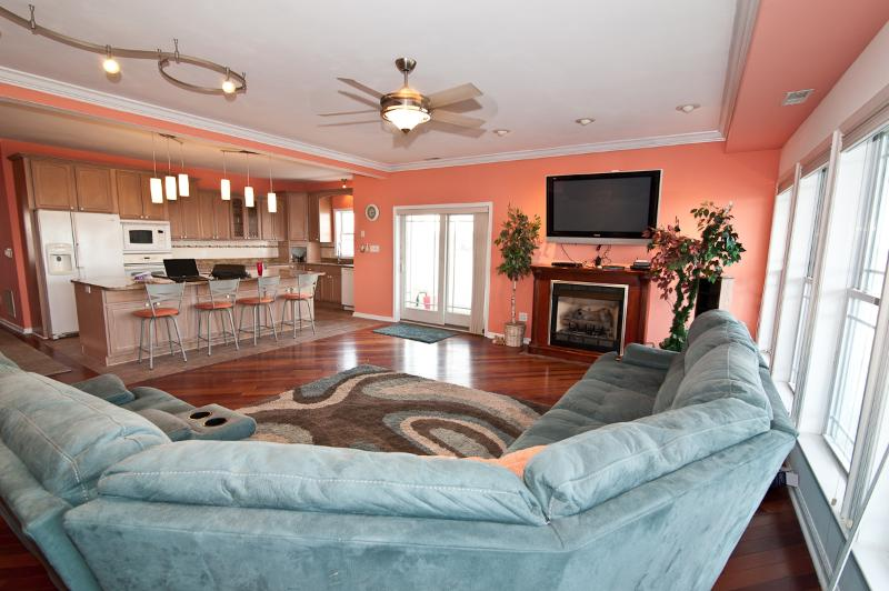 Huge Living room for all of your happy guests!