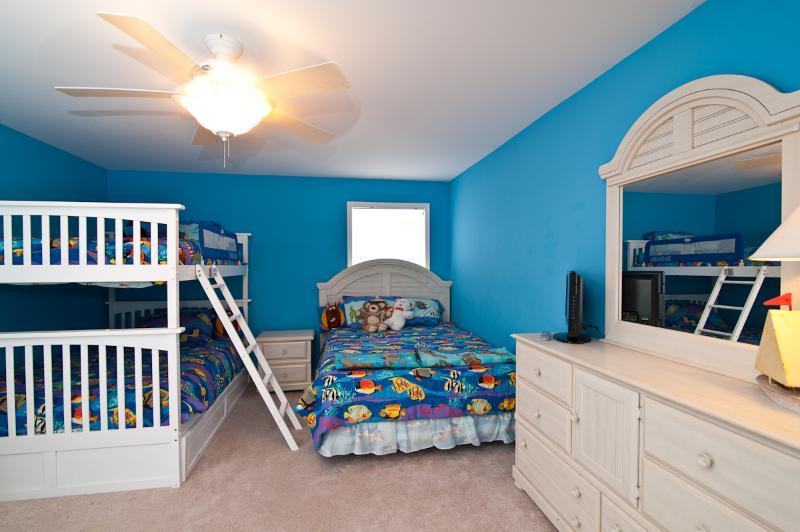Fun Bunk Bed Room with Plenty of Sleeping Space.
