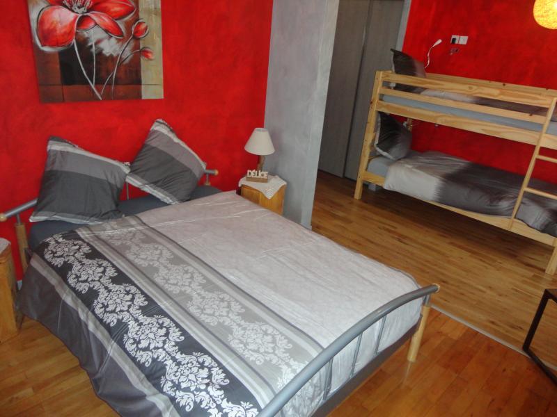 Chambre d'hôtes 'Délices' chez JP ZEN Nowicki, holiday rental in Berig-Vintrange
