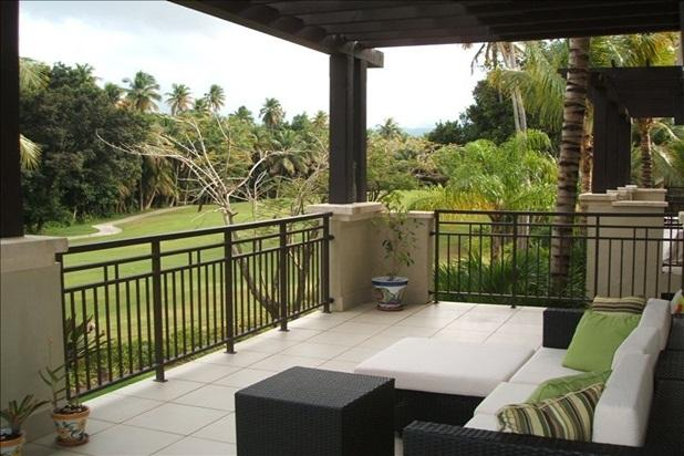 Villa Seabreeze is located in building 3 of Las Verandas