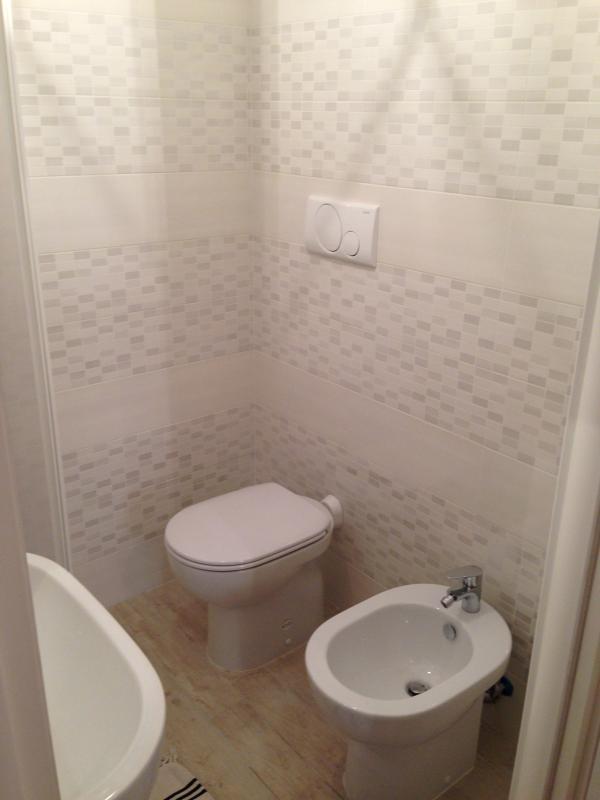 Un dettaglio del secondo bagno