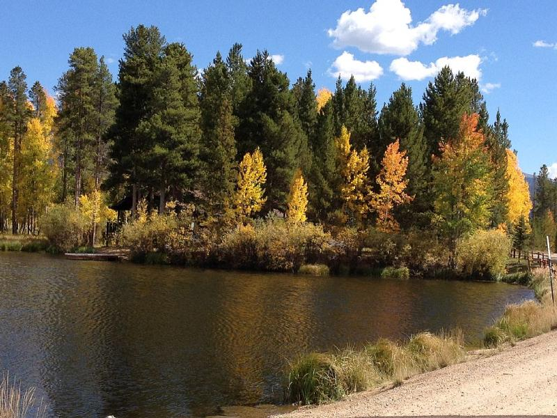 Fall colors are always beautiful around Sun Valley Lake and RMNP