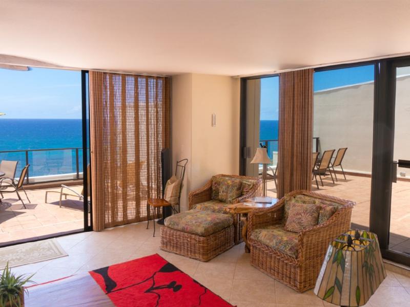 Gorgeous Unobstructed Ocean Front Condo/Princevill, alquiler de vacaciones en Haena