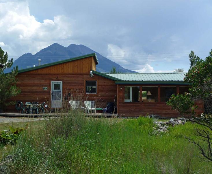Elevate your Montana getaway at this picturesque Emigrant vacation rental cabin!