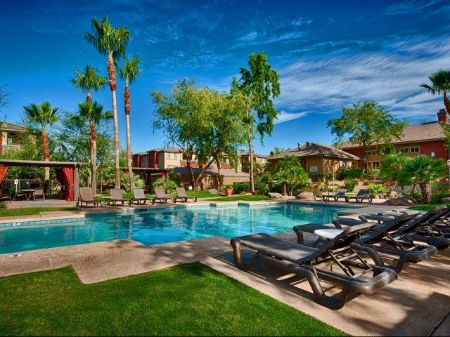 Non esitate a prenotare questo 1-camera da letto, 1 bagno-affitto condo nel centro di Phoenix!