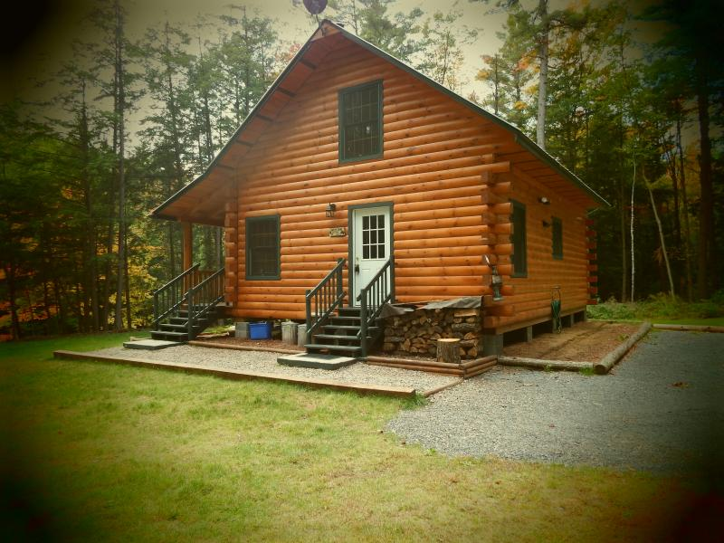 Cabin entrance and parking