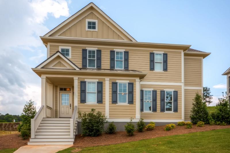 Beautiful 4BR Reynolds Home - Golf, Swim & Relax! UPDATED ...