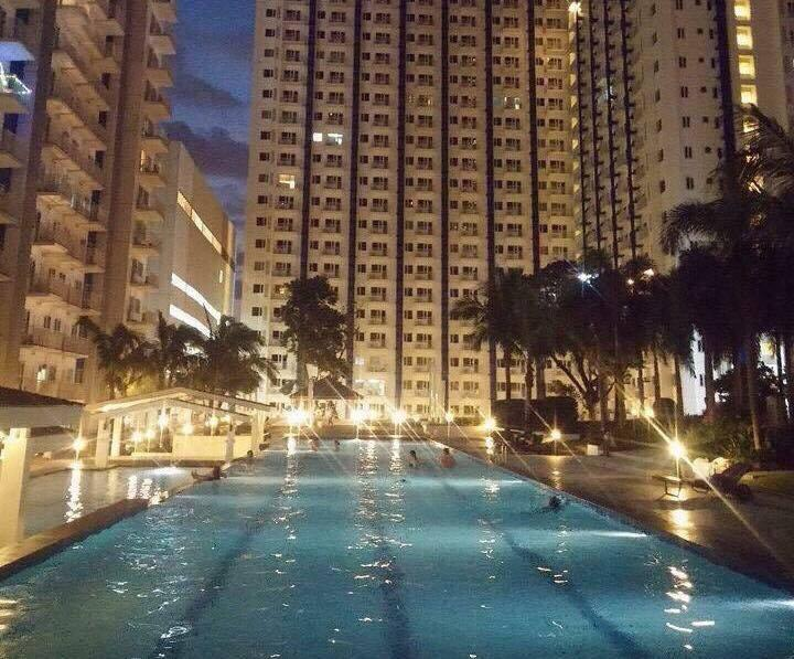 *Sm Mall North Edsa w/ 2 Balconies Quezon City, vacation rental in Quezon City