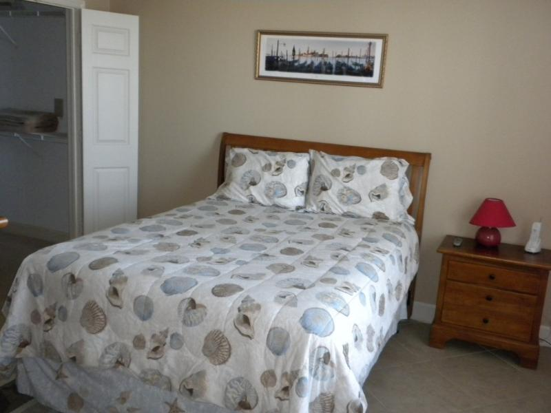 BR has VERY comfy, Newer Pillowtop Qn Bed, Cble TV