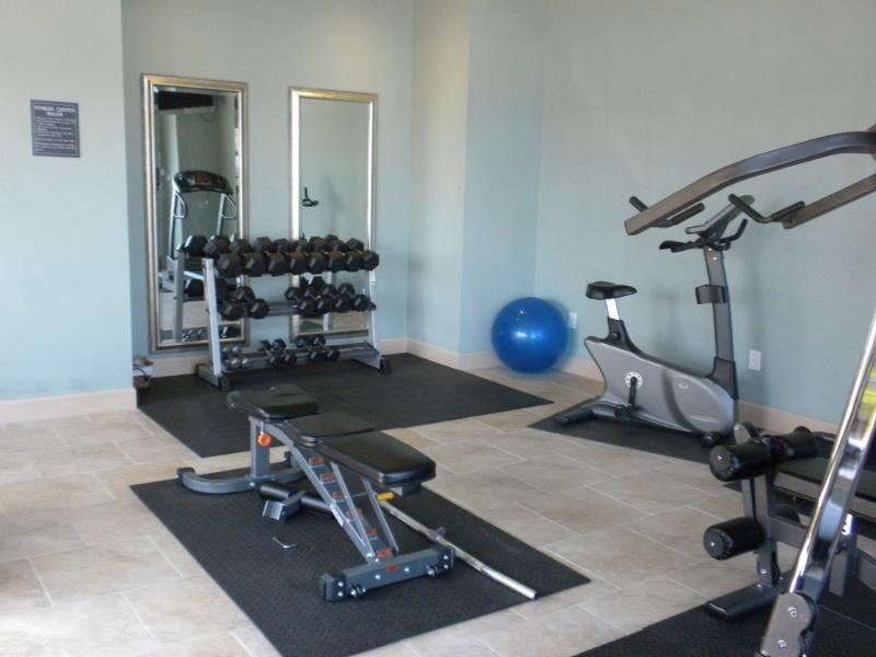 Ocean Front Building 2 Exercise/Weight Room