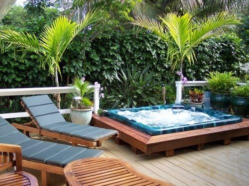 Secluded Back Lanai with 8 person Hot Tub