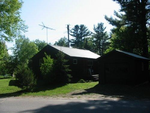 Mountain Lake cottage, holiday rental in Northville