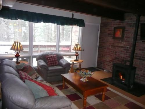 Living Room + Fire Place