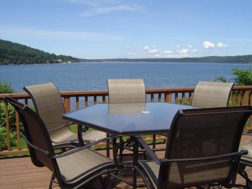Deck overlooking Discovery Bay