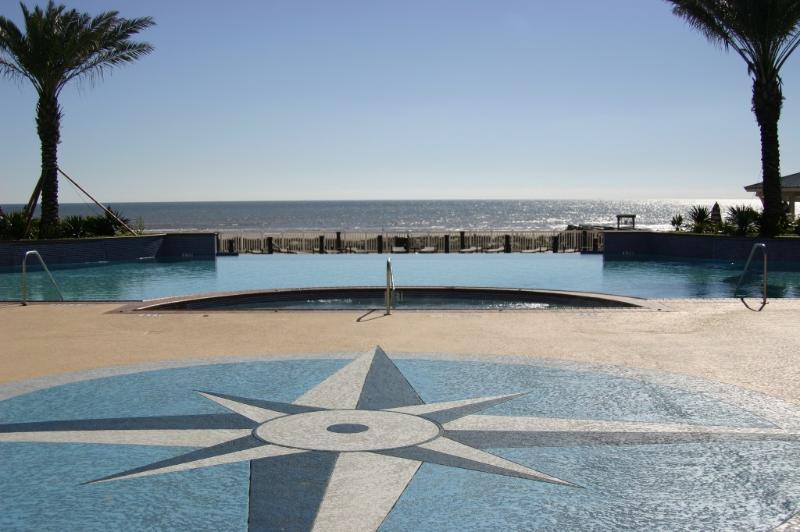 Infinity Edge Pool with Ocean view
