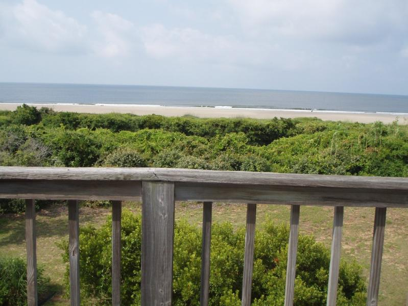 Tranquility on Ocean Court-Caswell Beach NC, location de vacances à Oak Island