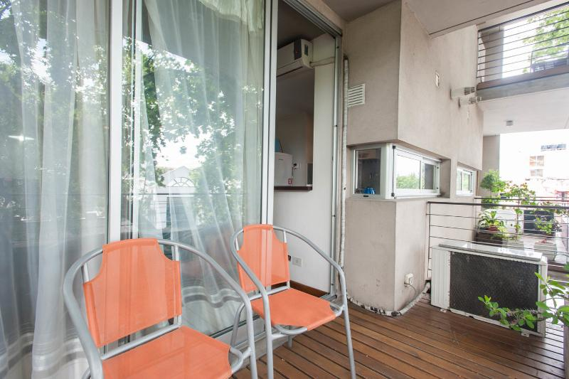 (II)Palermo Hollywood1 BR w/ith Balcony sunny and, vacation rental in Capital Federal District