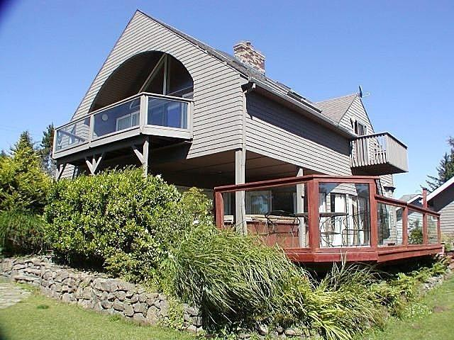 Ocean Overlook w/Ocean Views, Hot Tub, & Wi-Fi, holiday rental in Lincoln City