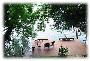 Waterfront w/Kayaks, Decks, Rafts, Fishing, Relaxing Fun!, alquiler de vacaciones en Austin