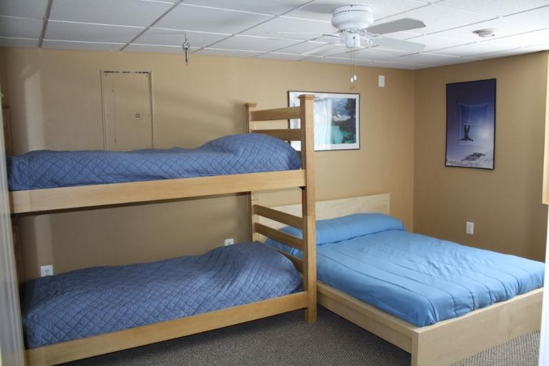 Guest BedRoom  with  1 Queen Bed & 1Bunk bed
