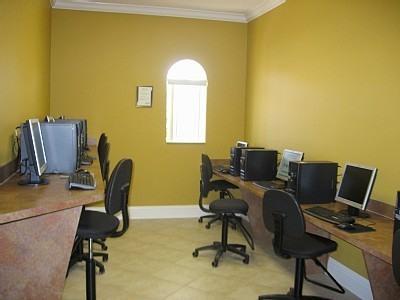 club house computer room